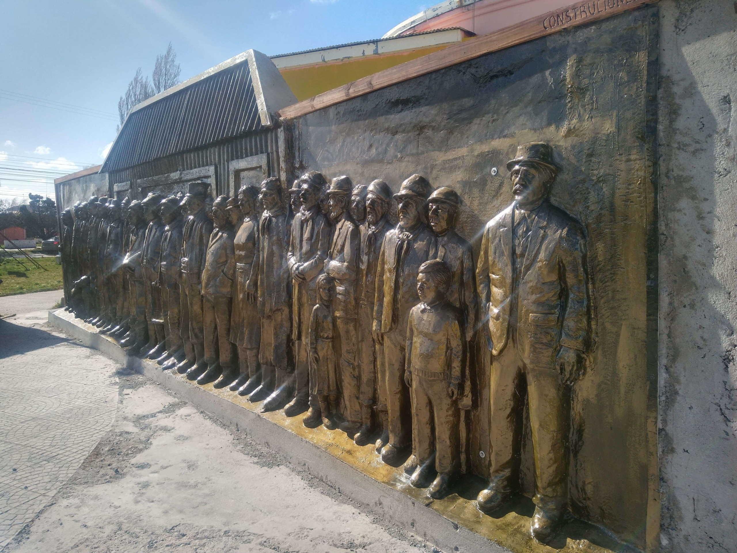 Monumento a los peones rurales de la Patagonia, 1920