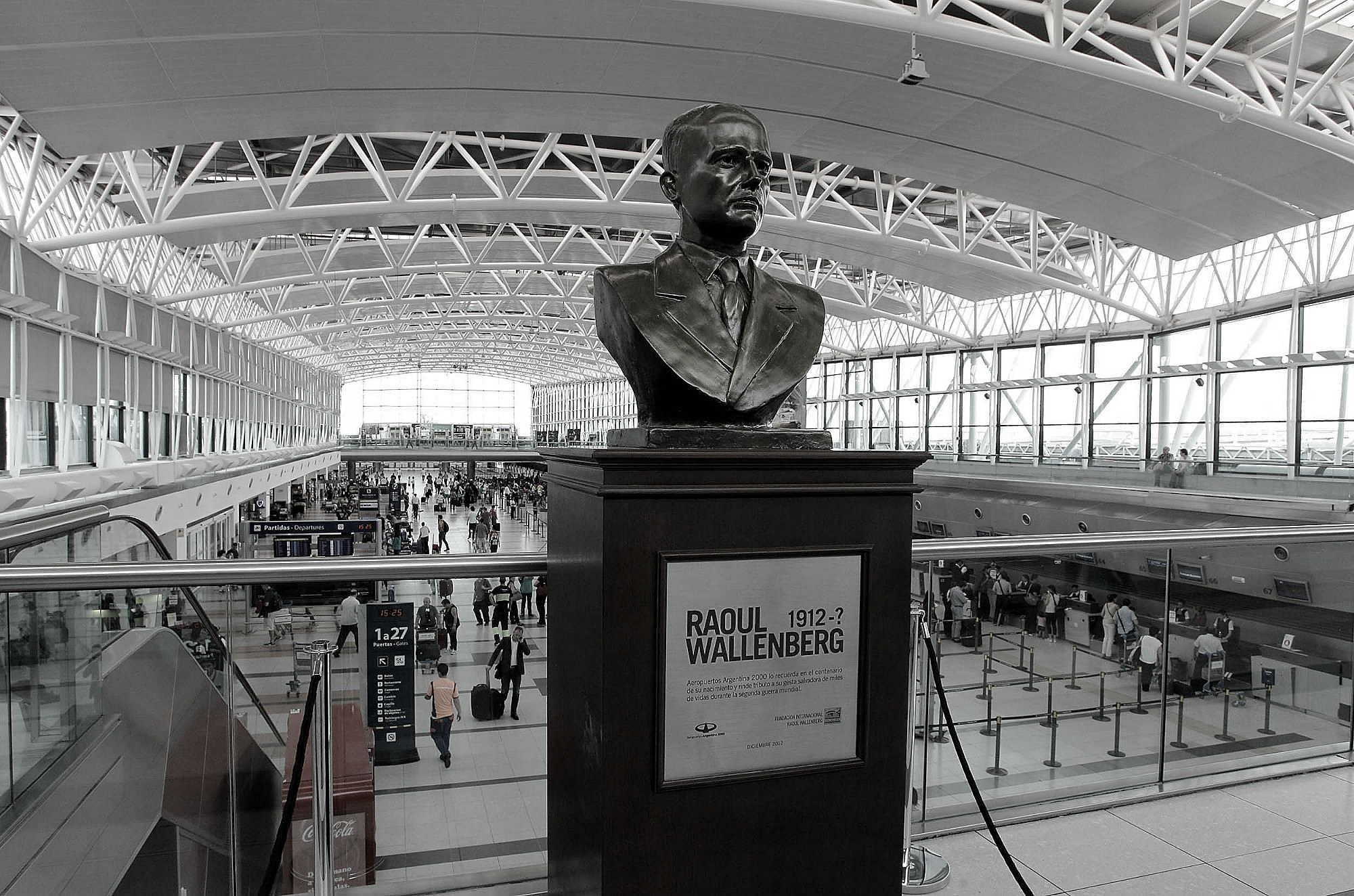 Busto Raoul Wallemberg